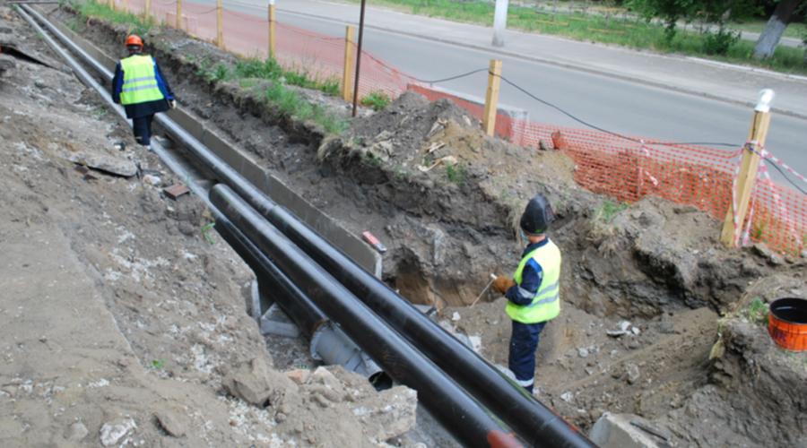 Сибирская генерирующая компания приступила к замене квартального трубопровода на улице Можайского.